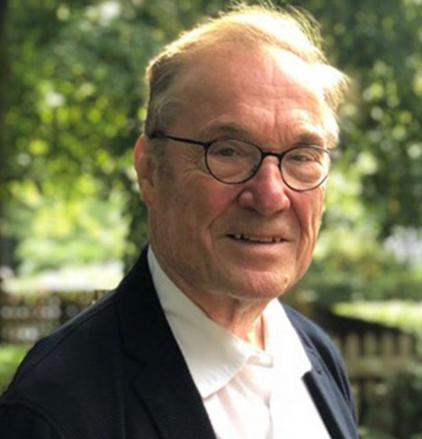 Prof. Dr. Tassilo Knauf